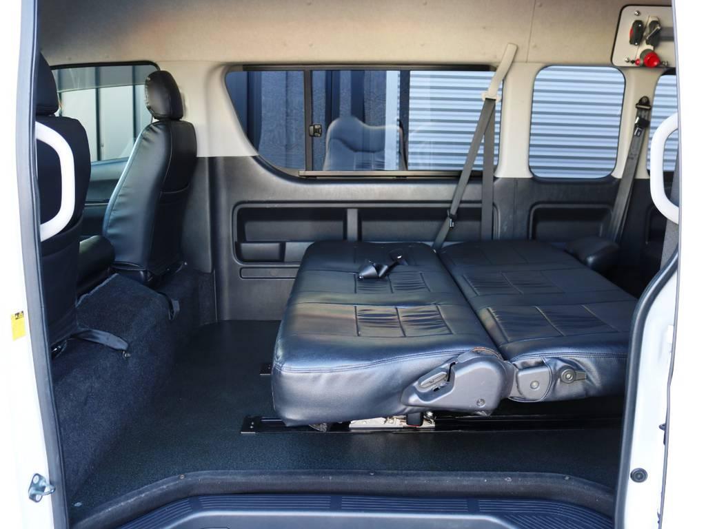 フラット展開時の状態♪ | トヨタ ハイエースコミューター 3.0 GL ディーゼルターボ FLEXデモカー