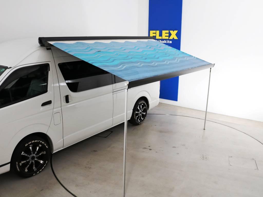 サイドオーニング付き! | トヨタ ハイエースコミューター 3.0 GL ディーゼルターボ FLEXデモカー