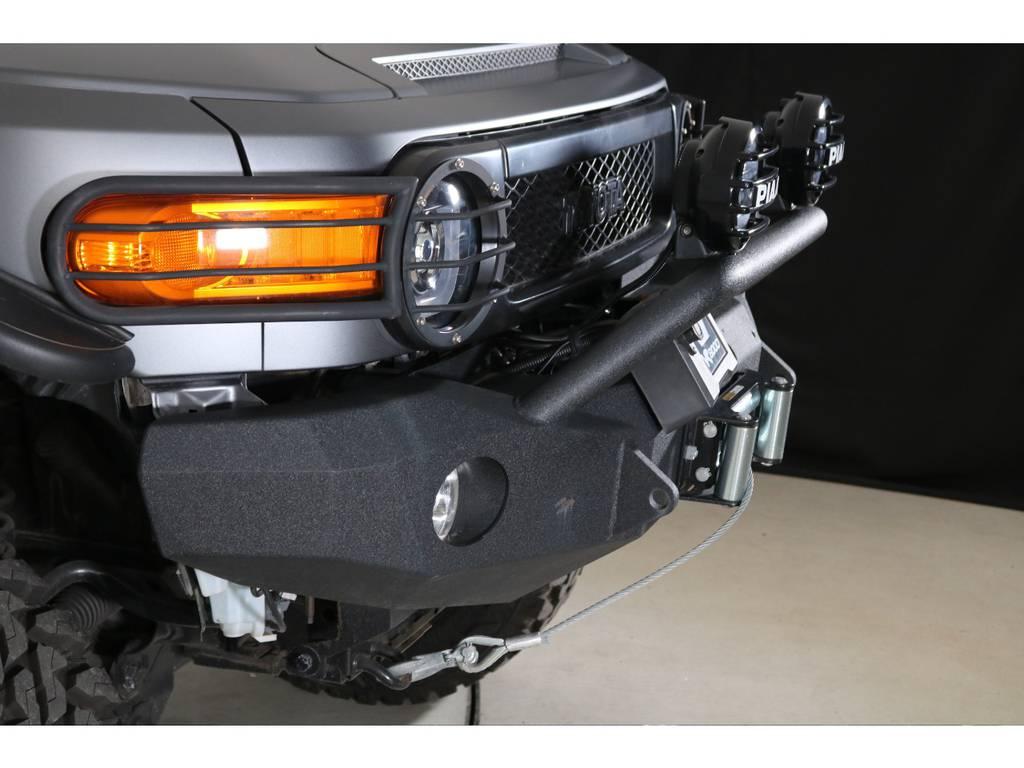 ウィンチもついているのでどこに行っても大丈夫です☆ | トヨタ FJクルーザー 4.0 カラーパッケージ 4WD 2018yデモカー