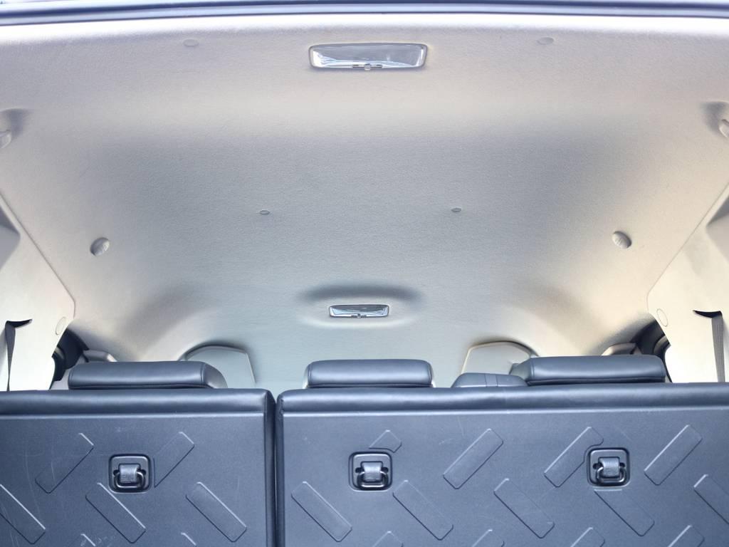天張りも綺麗で目立った汚れも御座いません☆ | トヨタ FJクルーザー 4.0 カラーパッケージ 4WD 2018yデモカー