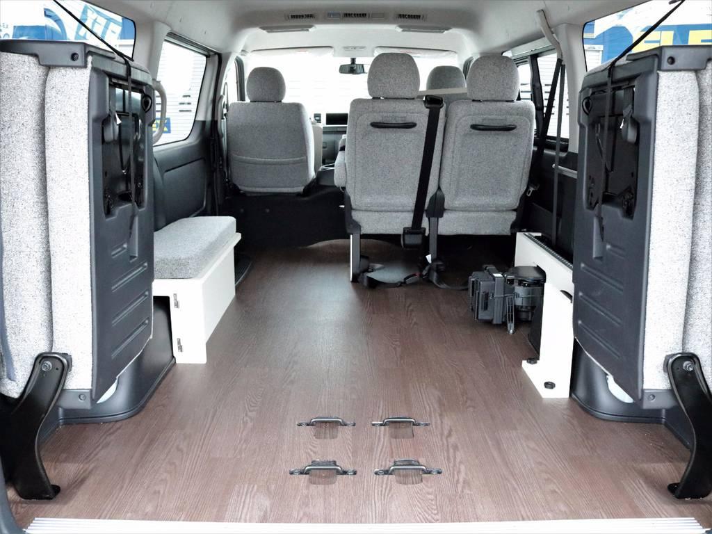 4列目シートを跳ね上げて沢山の荷物を積むことも出来ます! | トヨタ ハイエース 2.7 GL ロング ミドルルーフ 4WD ROOMCAR02