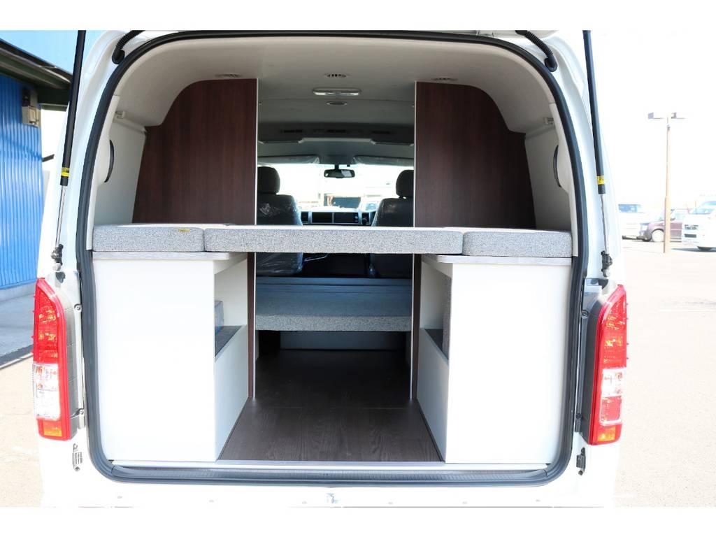 大人2名・子供2名の就寝スペースを確保!! | トヨタ ハイエース 2.7 GL ロング ミドルルーフ 4WD ROOM CAR01