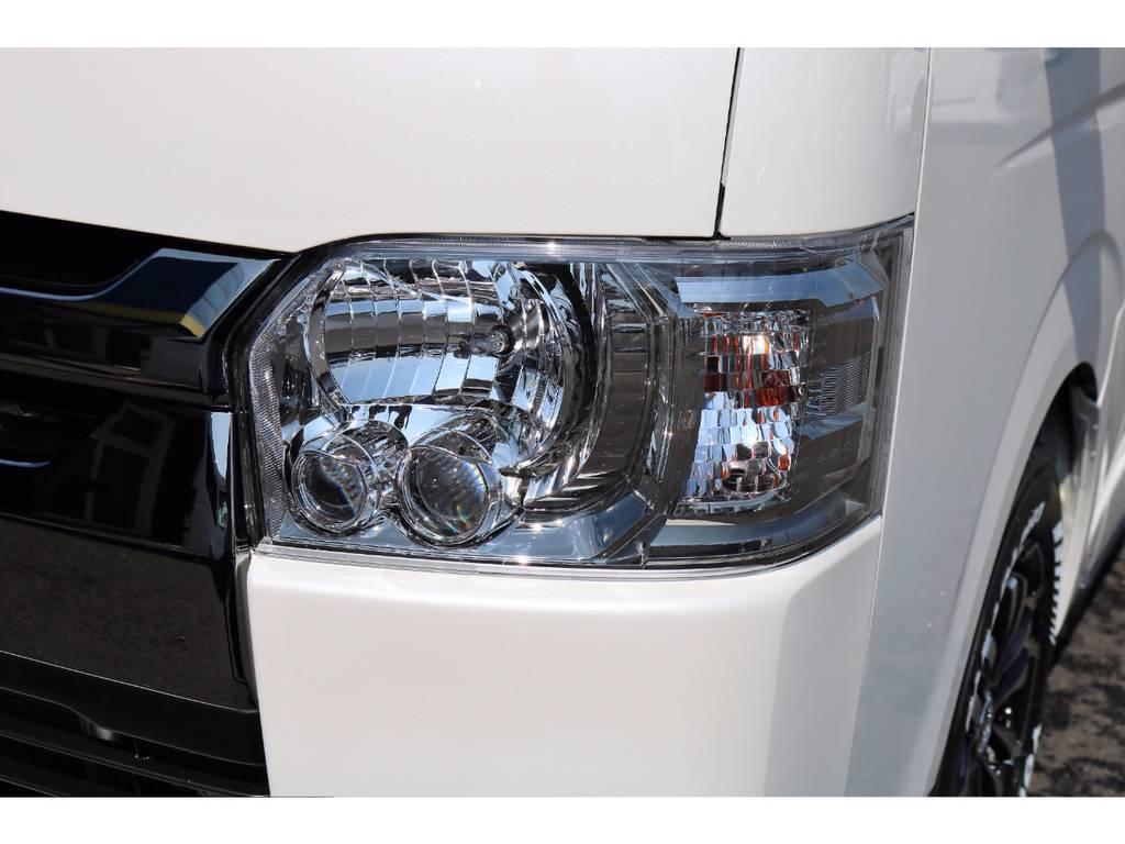 メーカーオプションのLEDヘッドライト!視界良好です!! | トヨタ ハイエースバン 3.0 スーパーGL ダークプライム ロングボディ ディーゼルターボ 4WD Ver8 小窓付