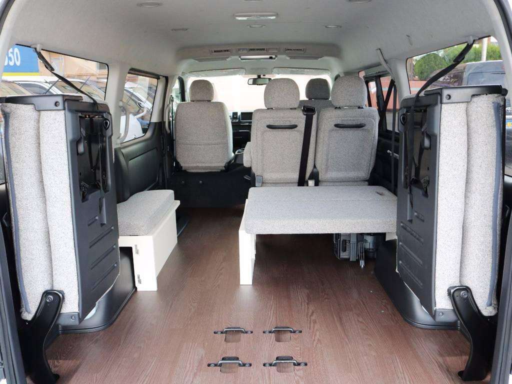 4列目は跳ね上げ可能です!収納スペースも広々御座います! | トヨタ ハイエース 2.7 GL ロング ミドルルーフ 4WD ROOM CAR 02