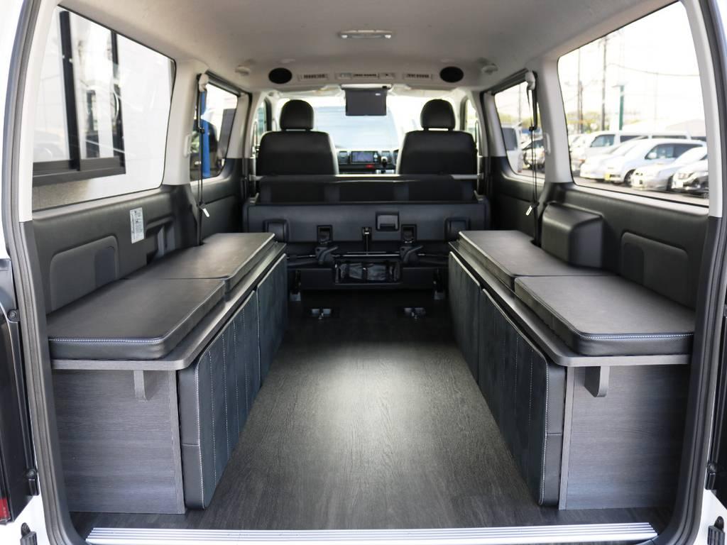 ベッドを片付ければ広々ラッゲジスペースに♪ | トヨタ ハイエースバン 2.0 スーパーGL ロング ダークP TSS付Ver4D/P