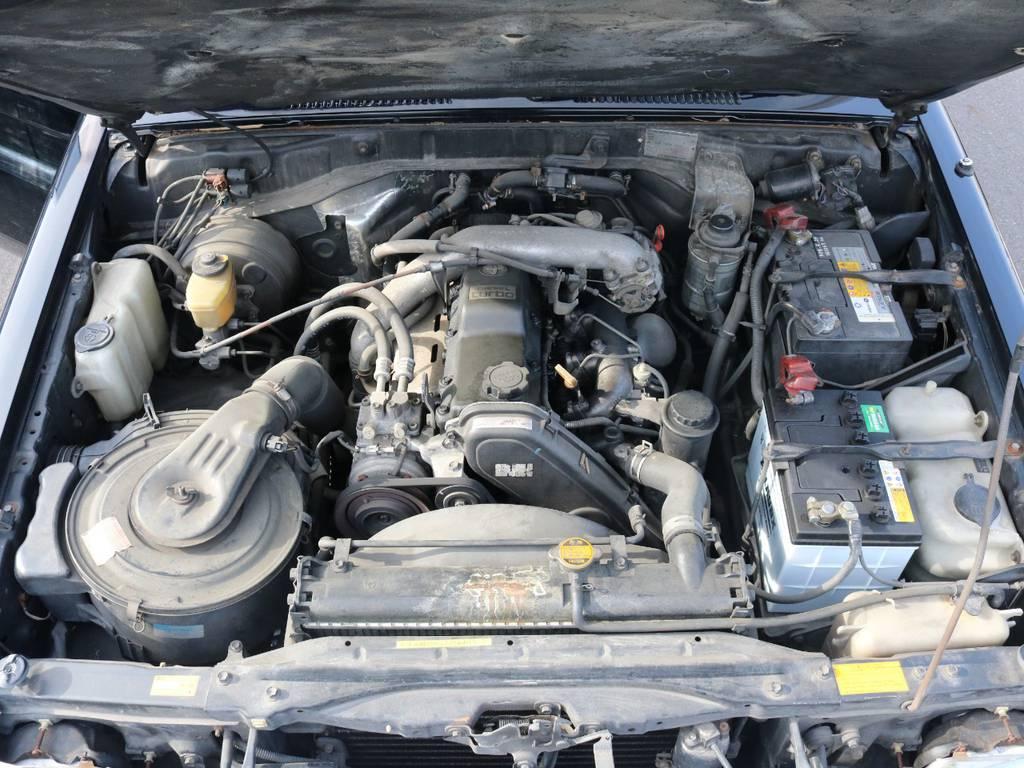 パワフルな3Lディーゼルターボエンジン搭載!快適ドライブを実現してくれます!   トヨタ ランドクルーザープラド 3.0 SX ディーゼルターボ 4WD