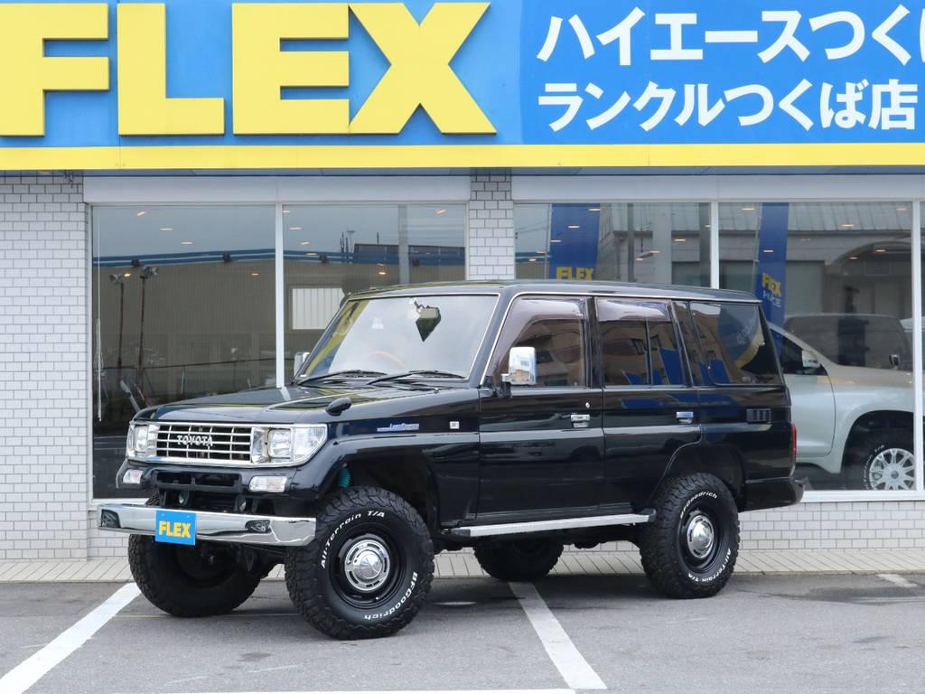 NEWオールペイント『ブラック』にナローボディでおしゃれにカスタムした1台が入庫致しました!   トヨタ ランドクルーザープラド 3.0 SX ディーゼルターボ 4WD