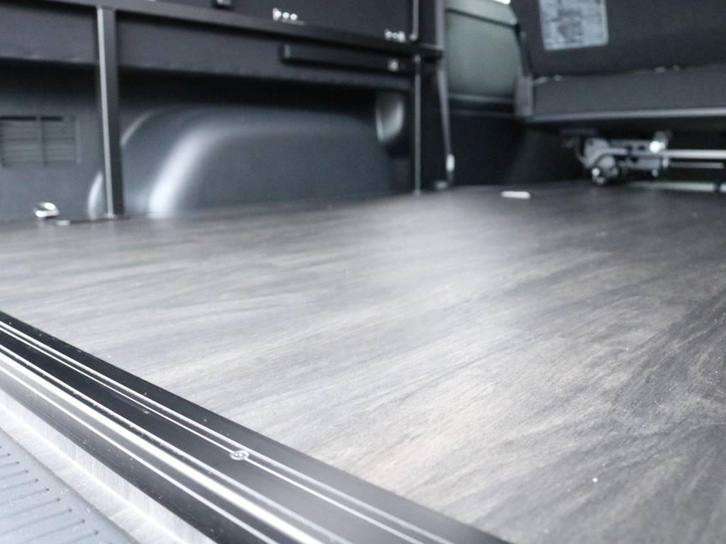 フロアー施工済みです! | トヨタ ハイエースバン 2.7 スーパーGL ワイド ロング ミドルルーフ 4WD ダークP FU-Wスライド TSS付き