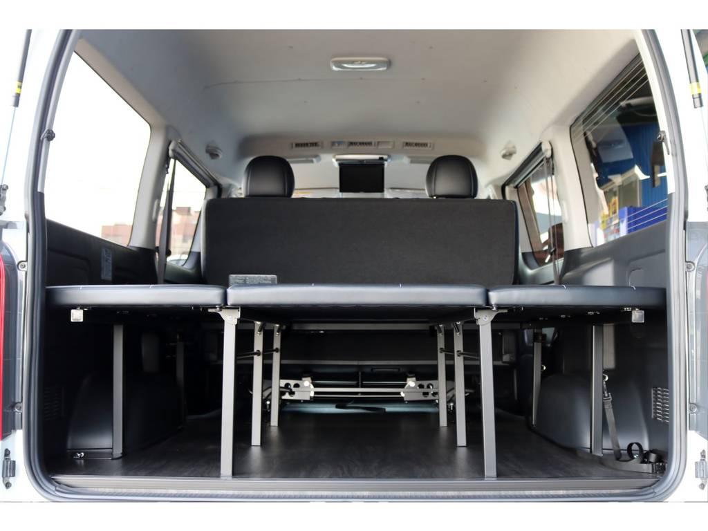 ベッド時も荷物も積めちゃいます! | トヨタ ハイエースバン 2.7 スーパーGL ワイド ロング ミドルルーフ 4WD ダークP FU-Wスライド TSS付き