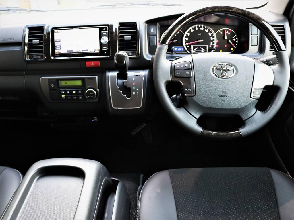専用装備満載の一台です!高級感溢れる室内です! | トヨタ ハイエースバン 2.0 スーパーGL ロング ダークプライム 新型 VER4