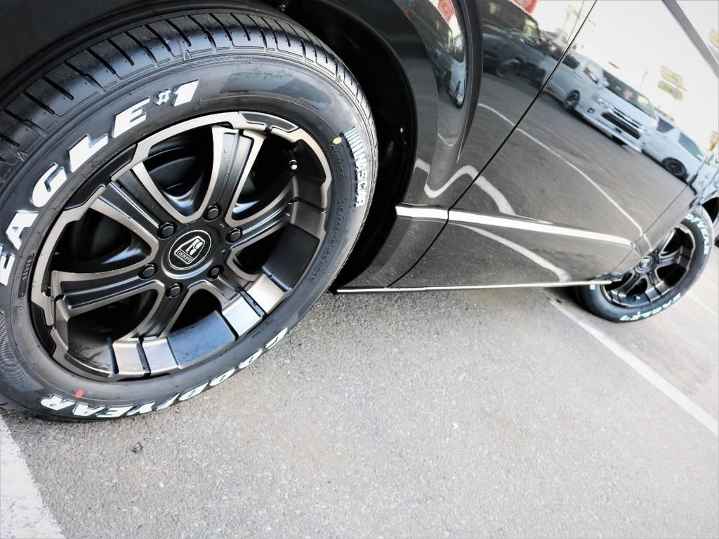 足元バッチリ決まっております! | トヨタ ハイエースバン 2.0 スーパーGL ロング ダークプライム 新型 VER4