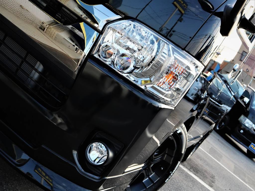 夜間走行に便利なメーカーオプション「LEDヘッドライト」! | トヨタ ハイエースバン 2.0 スーパーGL ロング ダークプライム 新型 VER4