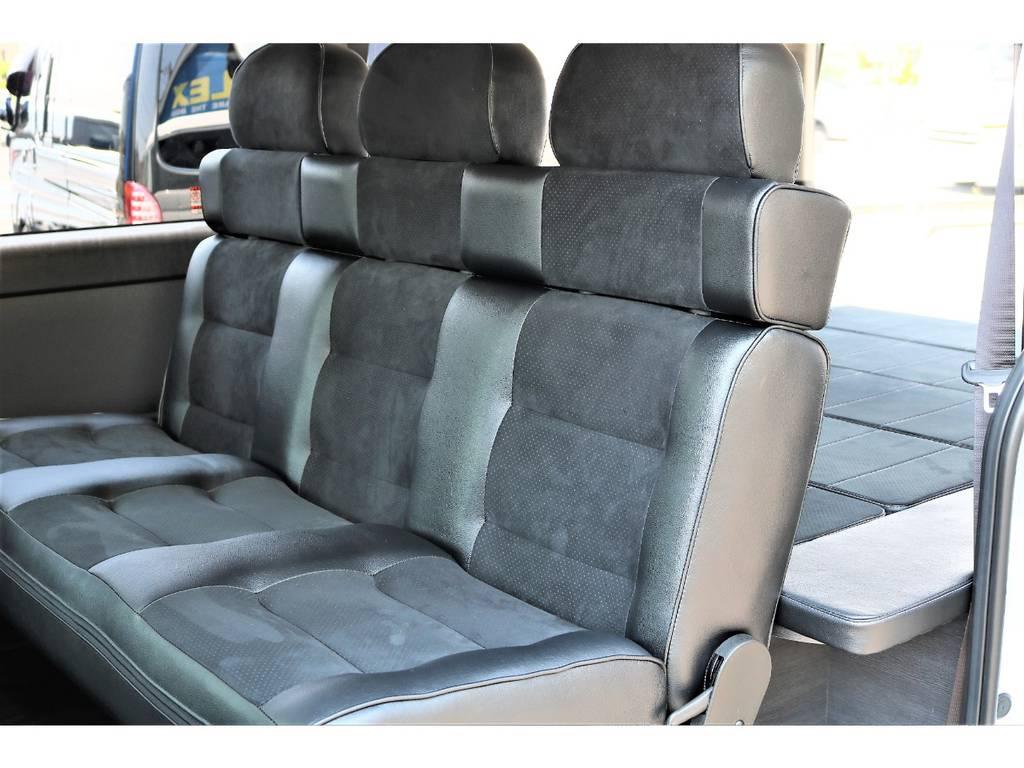 セカンドシートをアレンジ可能なベンチシートに変更しました!   トヨタ ハイエースバン 2.7 スーパーGL ワイド ロング ミドルルーフ 4WD ダークP TSS Ver.8