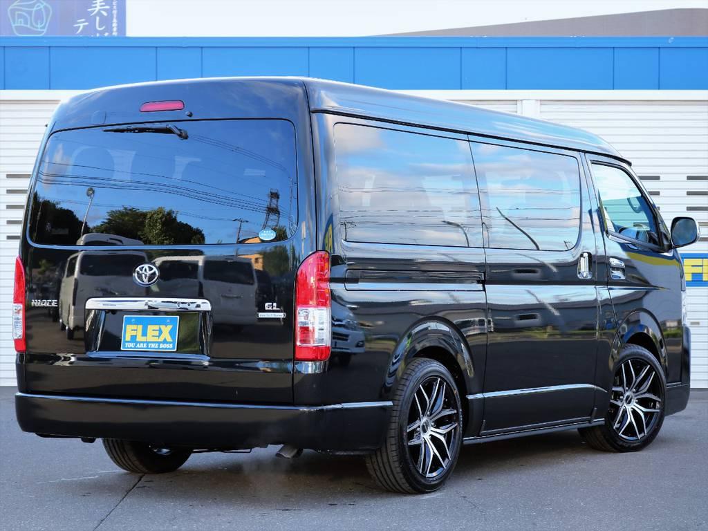 豪華な内装架装でのドライブはいかがでしょうか! | トヨタ ハイエース 2.7 GL ロング ミドルルーフ 4WD ファインテックツアラー