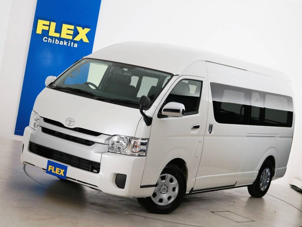 新車未登録 ハイエースコミューター GL ディーゼル2WD 寒冷地仕様 7人乗り3名就寝 FLEXキャンピングカー 【COMCAM】!