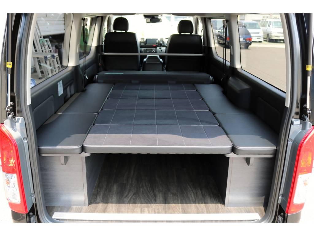フルフラットベッドキットで車中泊も出来ちゃいます! | トヨタ ハイエースバン 2.8 スーパーGL ダークプライム ロングボディ ディーゼルターボ 4WD Ver4 D/P TSS付
