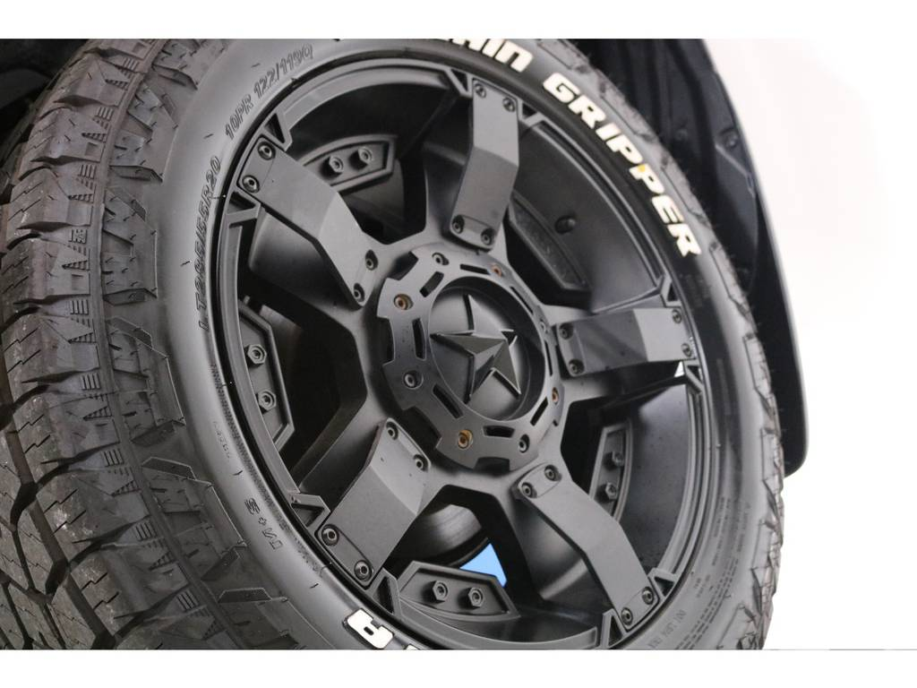 ロックスター20インチにタイヤの新品セット! | トヨタ ランドクルーザープラド 2.7 TX 4WD 5人 新車未登録車