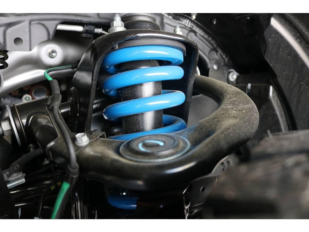 FLEXオリジナル2インチリフトUPコイルを使用しております☆ | トヨタ ランドクルーザープラド 2.7 TX 4WD 5人 新車未登録車