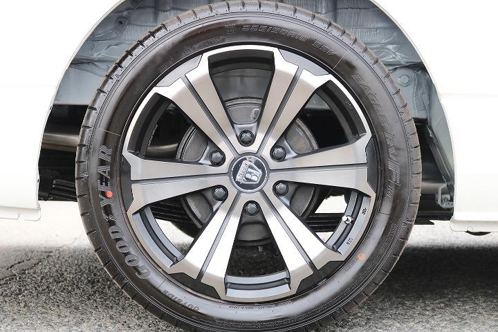 FLEXオリジナルバルベロGR-18インチをインストール | トヨタ ハイエース 2.7 GL ロング ミドルルーフ 4WD TSS付 R-1