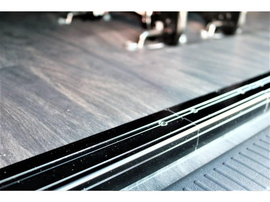重歩行フロア施工済みですので、キズや汚れに強く、お手入れも楽になっています! | トヨタ ハイエース 2.7 GL ロング ミドルルーフ 4WD アレンジR1 TSS付