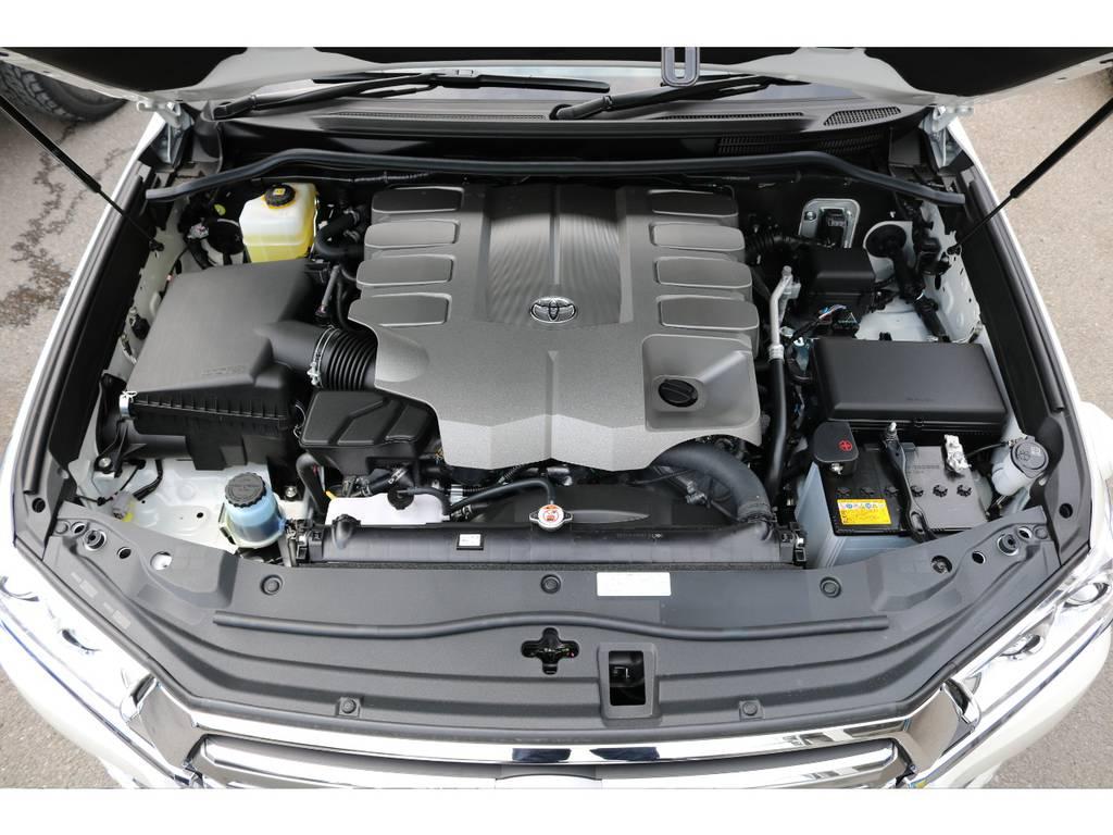 4600ccの6速ATですので静かで快適なドライビングを実現してくれます! | トヨタ ランドクルーザー200 4.6 AX 4WD 新車未登録車 2インチUP