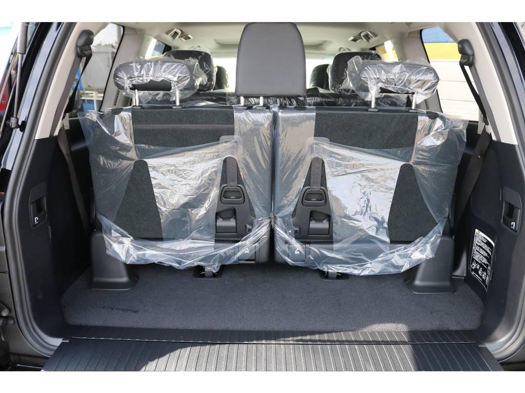 広々したラゲッジルーム!大容量でキャンプ用品なども沢山収容できます!   トヨタ ランドクルーザー200 4.6 AX Gセレクション 4WD 新車未登録車 24インチAW