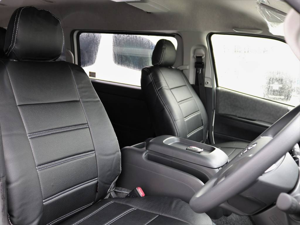 全席に専用シートカバーを完備!! | トヨタ ハイエース 2.7 GL ロング ミドルルーフ 4WD TSS付 アレンジR1