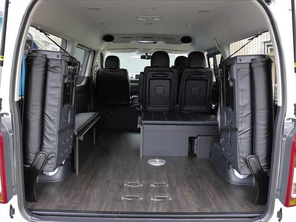 最後席を跳ね上げれば二もちもたくさん積めます!! | トヨタ ハイエース 2.7 GL ロング ミドルルーフ 4WD TSS付 アレンジR1