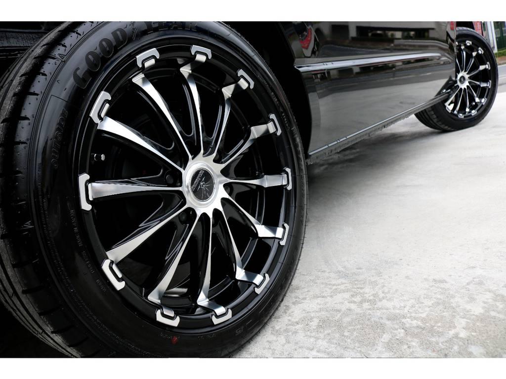 迫力あるサイドライン!! | トヨタ ハイエース 2.7 GL ロング ミドルルーフ 4WD TSS付 アレンジR1