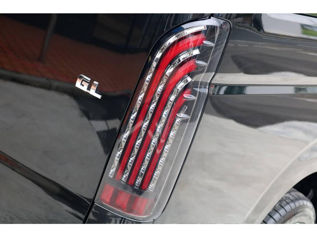 テールはFLEXオリジナル 煌きレッドLEDテールをインストール!! | トヨタ ハイエース 2.7 GL ロング ミドルルーフ 4WD TSS付 アレンジR1