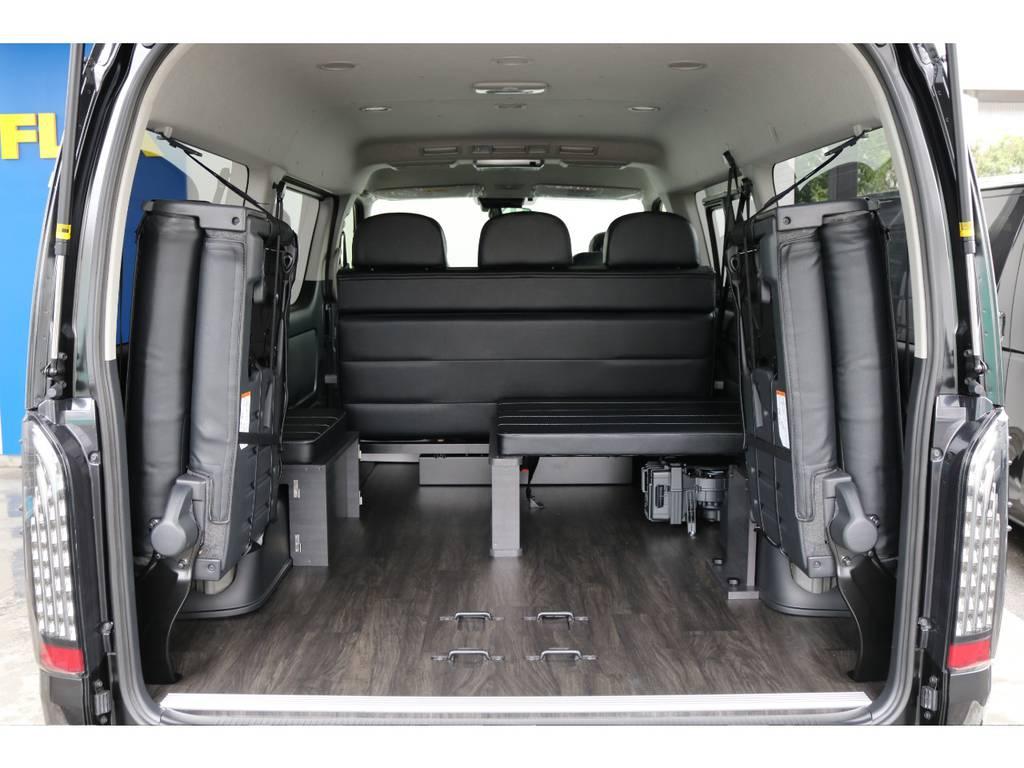 シートを上げればこれだけの空間が生まれます。 | トヨタ ハイエース 2.7 GL ロング ミドルルーフ 4WD TSS付 アレンジVer2