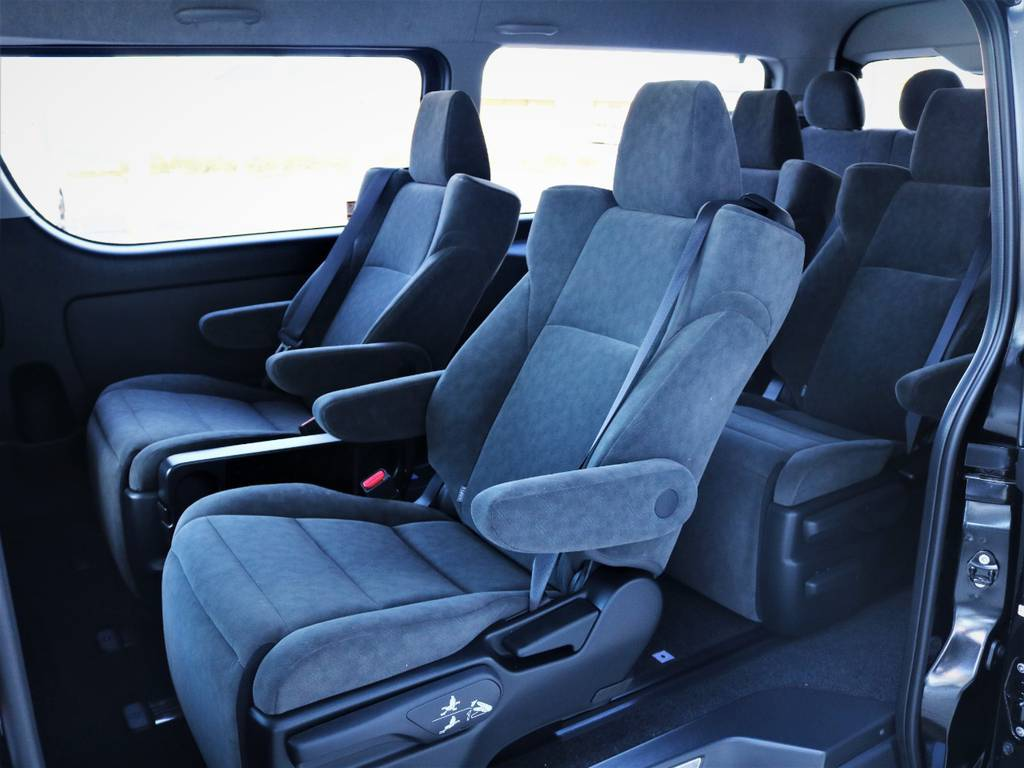 2列目! | トヨタ ハイエース 2.7 GL ロング ファインテックツアラー キャプテンシート