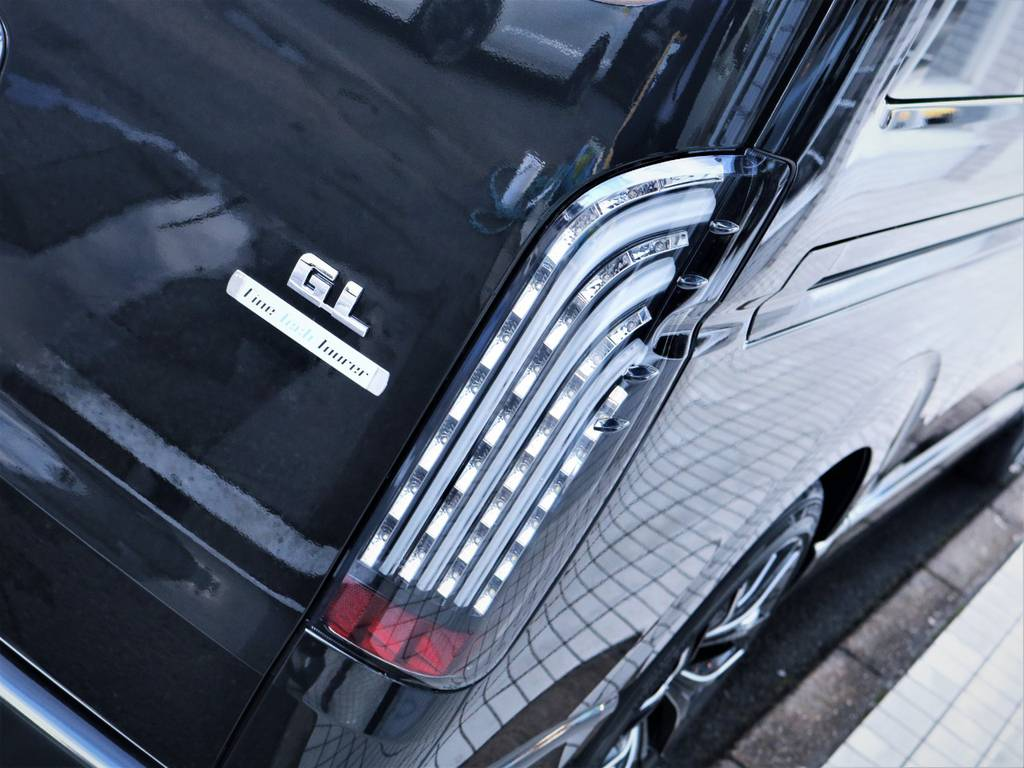 FLEXオリジナル煌テールランプ! | トヨタ ハイエース 2.7 GL ロング ファインテックツアラー キャプテンシート
