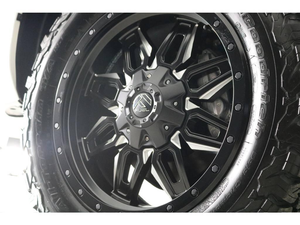 新品FUEL20インチホイール&新品BFグッドリッチATタイヤを装着致しました! | トヨタ ランドクルーザープラド 2.7 TX 4WD 7人 新車未登録車 20インチAW