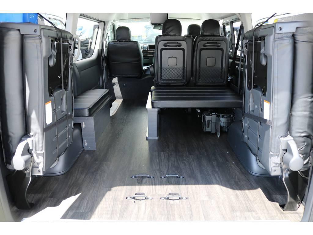 シートを上げると広大な室内空間が生まれます!!   トヨタ ハイエース 2.7 GL ロング ミドルルーフ TSS付 アレンジVer1