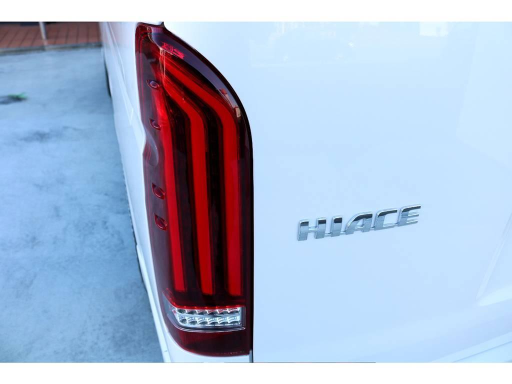 テールはヴァレンティ REVO Type2 LEDテールをインストール!!   トヨタ ハイエース 2.7 GL ロング ミドルルーフ TSS付アレンジA