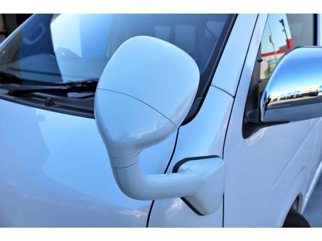 フロントアンダーミラーはボディ同色塗装!!   トヨタ ハイエース 2.7 GL ロング ミドルルーフ TSS付アレンジA