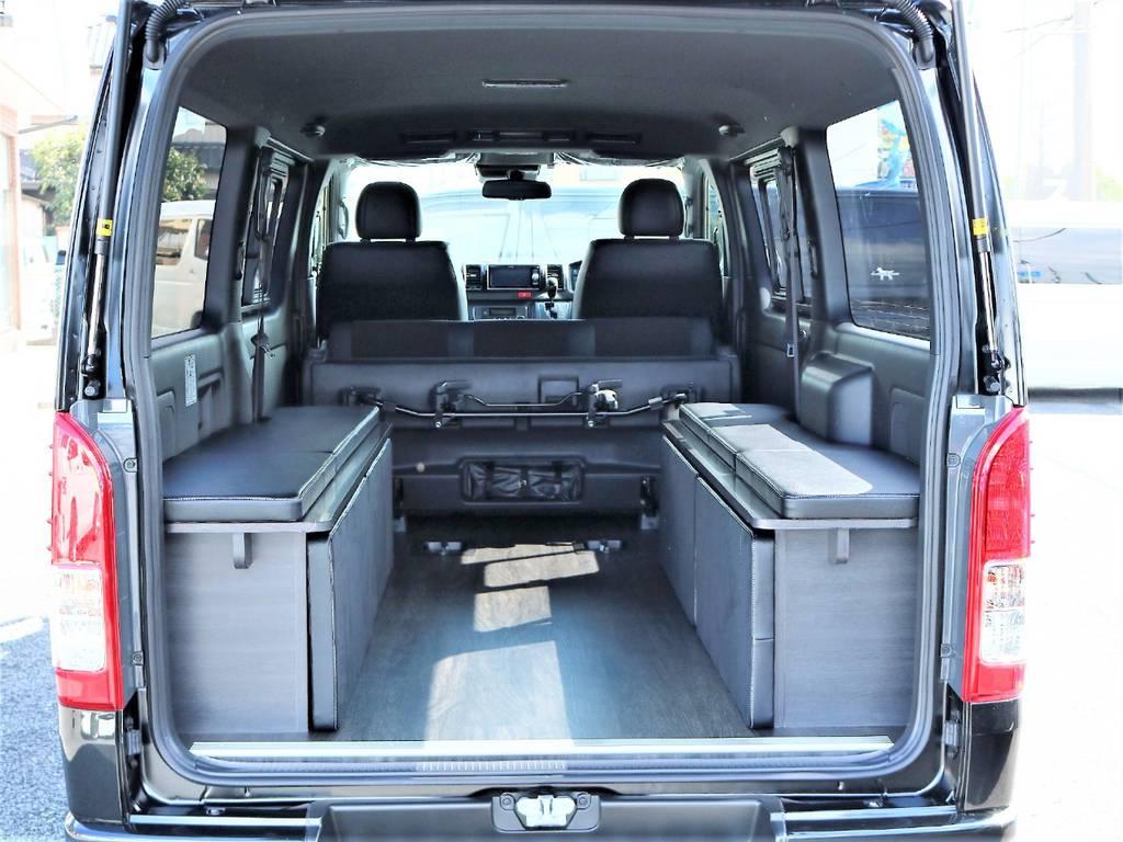 収納可能なベッドキットは荷物をたくさん載せる時にも役立ちます!   トヨタ ハイエースバン 2.0 スーパーGL ダークプライムⅡ ロングボディ D/PⅡ小窓付き