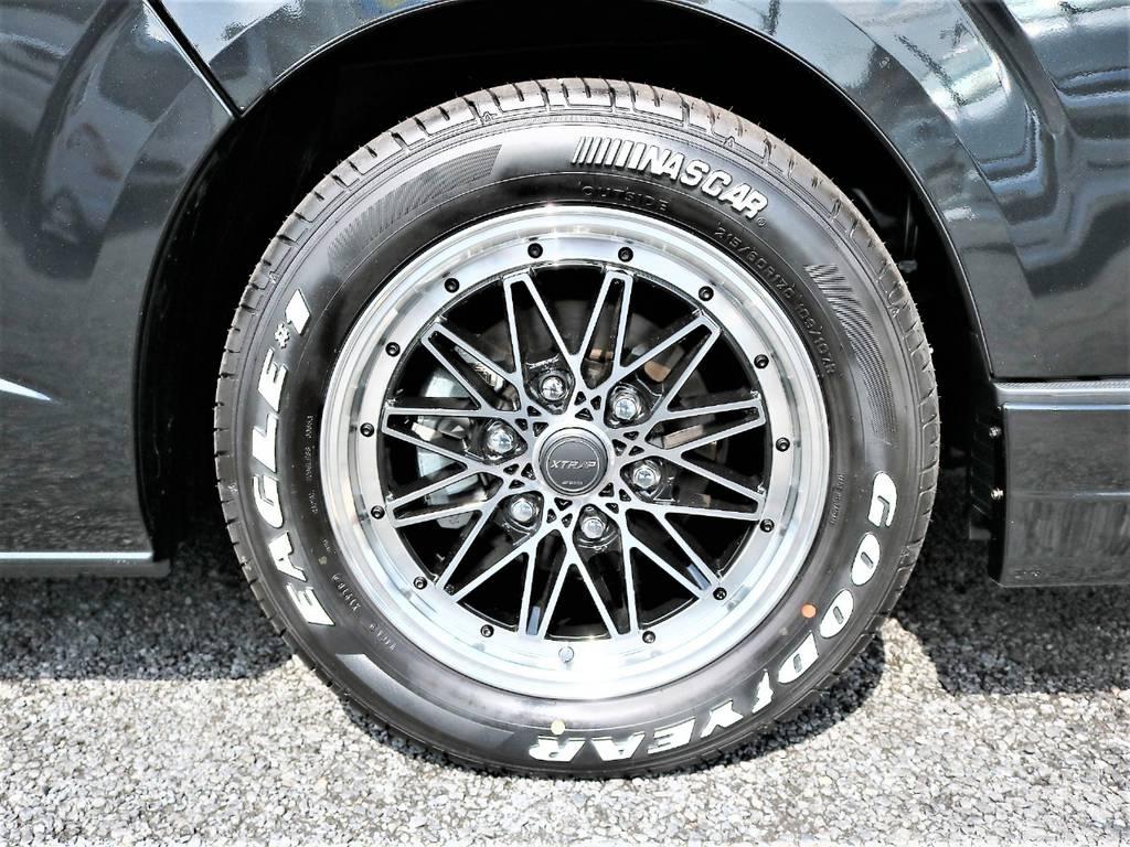 スポーティでクラシカルな雰囲気が特徴的なWORKのXTRAP17インチアルミホイールに定番のナスカータイヤを組合わせました!   トヨタ ハイエースバン 2.0 スーパーGL ダークプライムⅡ ロングボディ D/PⅡ小窓付き
