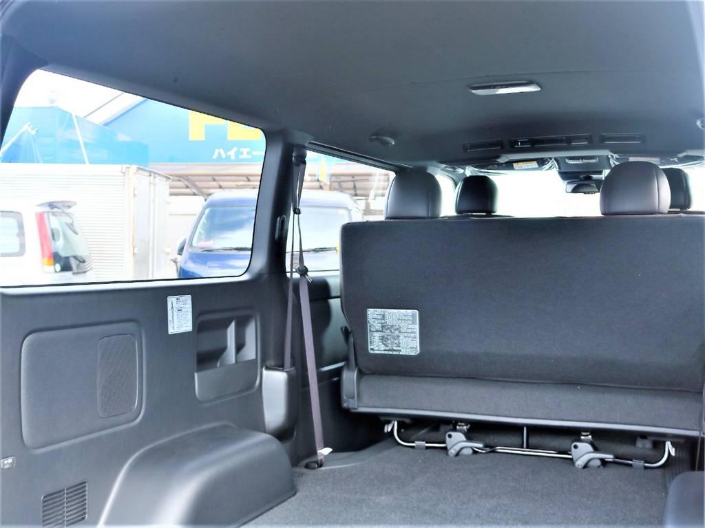 ルーフ&ピラー&セパレーターバーはブラック加飾されており、落ち着きのあるデザインとなっております! | トヨタ ハイエースバン 2.0 スーパーGL 50TH アニバーサリー リミテッド ロングボディ