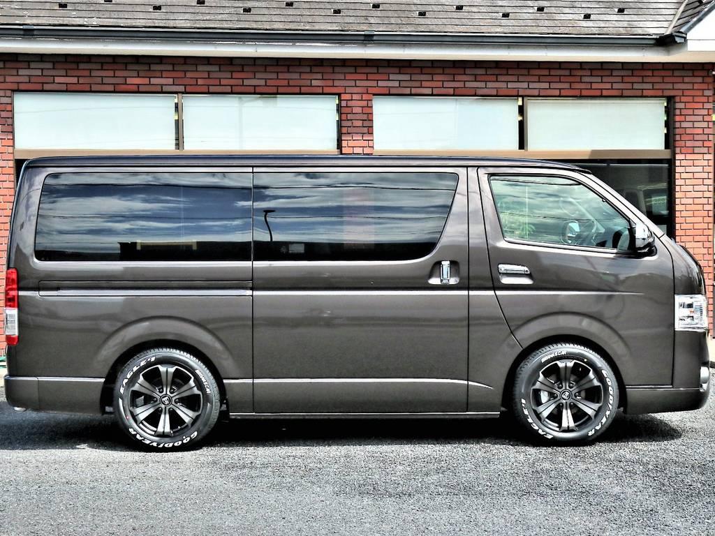 維持費の安い4ナンバー小型貨物車登録です! | トヨタ ハイエースバン 2.0 スーパーGL 50TH アニバーサリー リミテッド ロングボディ