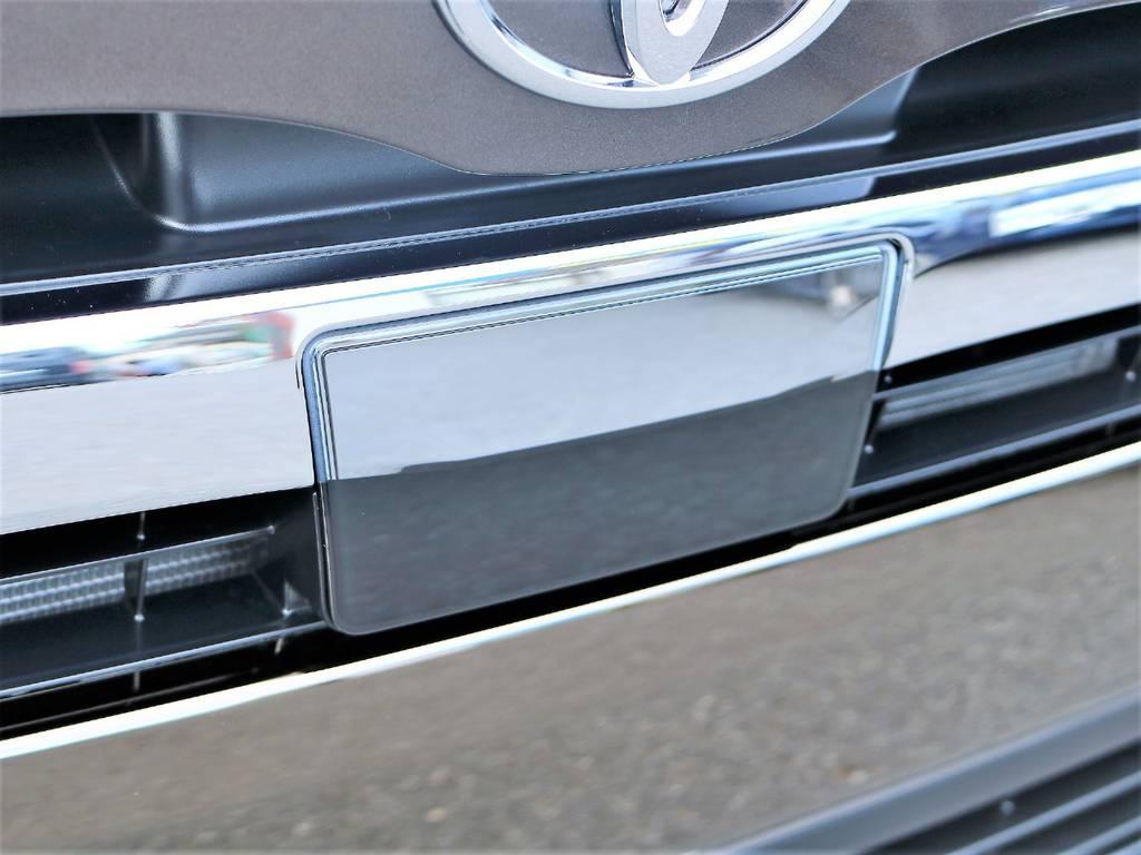 50thアニバーサリーリミテッド専用のロアグリル漆黒メッキのフロントグリルです! | トヨタ ハイエースバン 2.0 スーパーGL 50TH アニバーサリー リミテッド ロングボディ