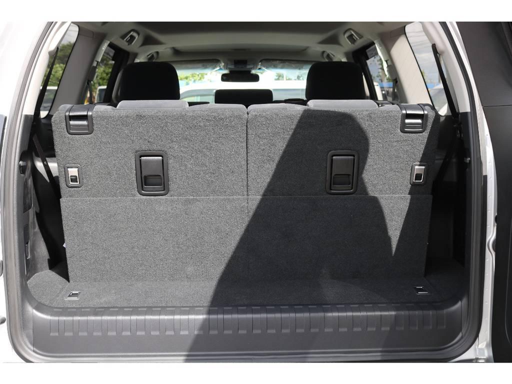 広々したラゲッジルーム!大容量でキャンプ用品なども沢山収容できます! | トヨタ ランドクルーザープラド 2.8 TX ディーゼルターボ 4WD 7人 新車未登録車 ディーゼル