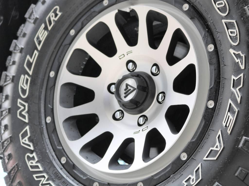 新品17インチデルタフォース☆ | トヨタ ランドクルーザープラド 2.8 TX ディーゼルターボ 4WD 7人 試乗車 2インチUP