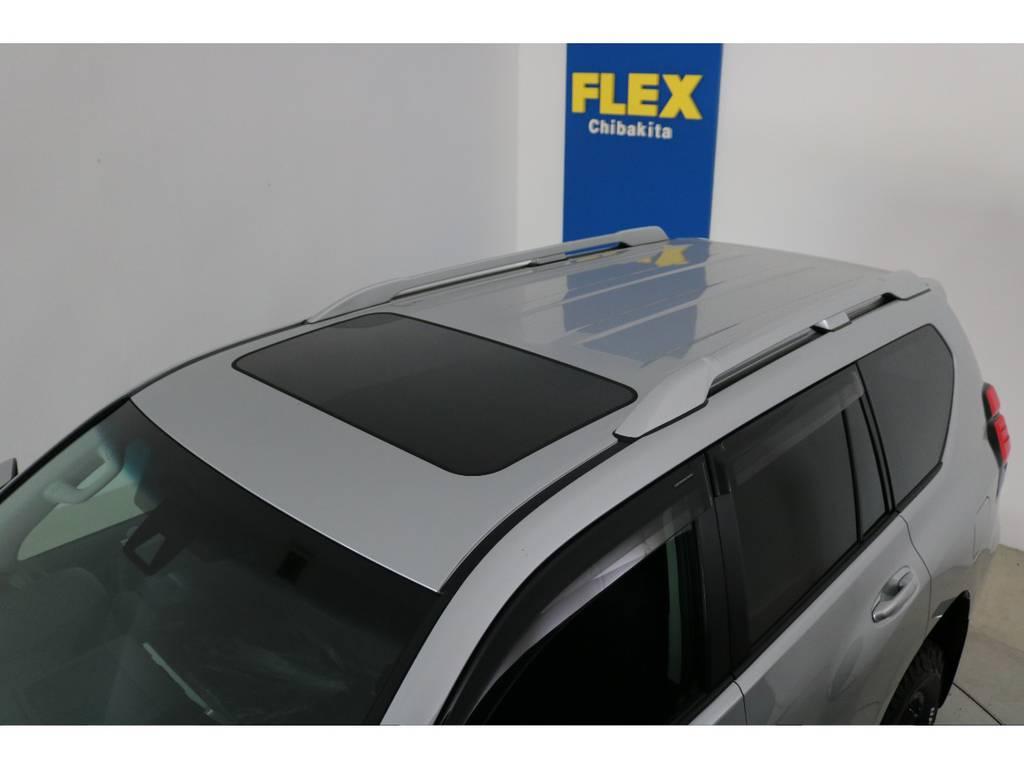 ディーラーオプションルーフレール付き!   トヨタ ランドクルーザープラド 2.7 TX 4WD 5人 新車未登録車 9インチナビ
