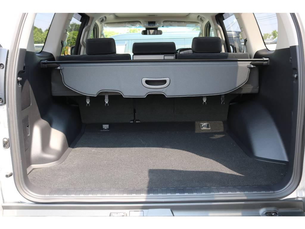 広々したラゲッジルーム!大容量でキャンプ用品なども沢山収容できます!   トヨタ ランドクルーザープラド 2.7 TX 4WD 5人 新車未登録車 9インチナビ