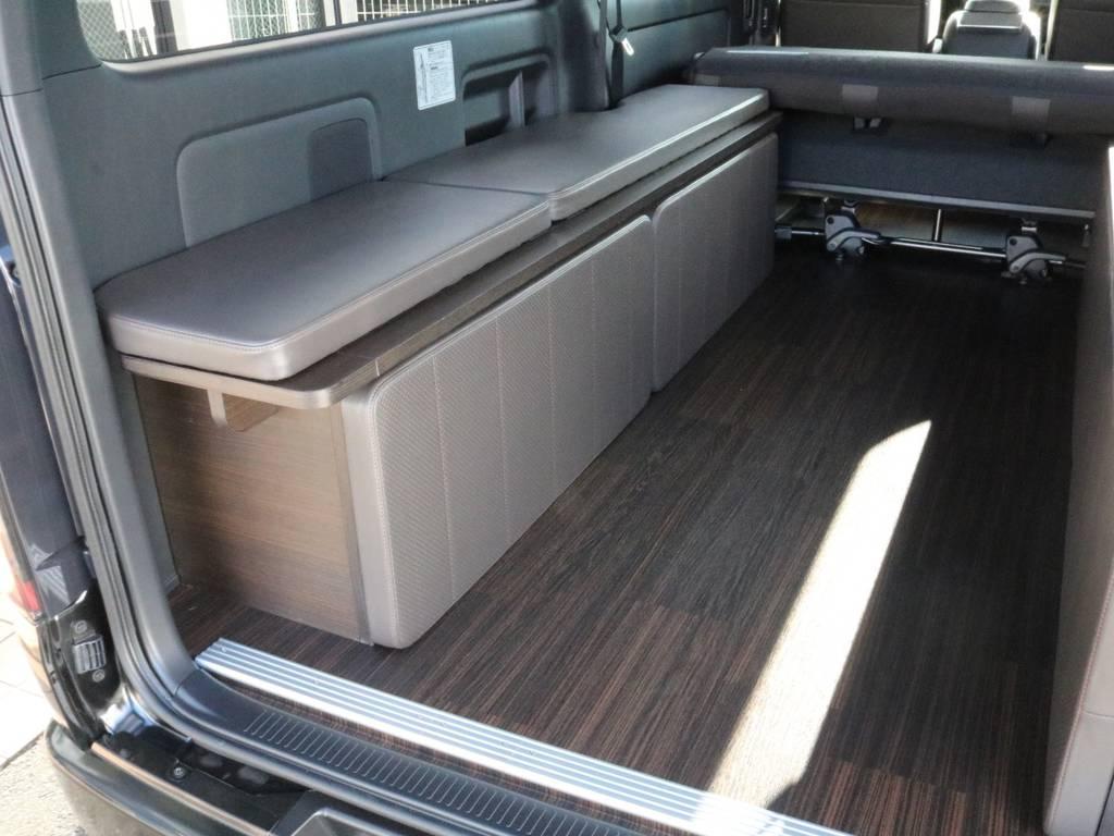 フローリング施工済みです!! | トヨタ ハイエースバン 2.0 スーパーGL 50TH アニバーサリー リミテッド ロングボディ オリジナル内装Ver4