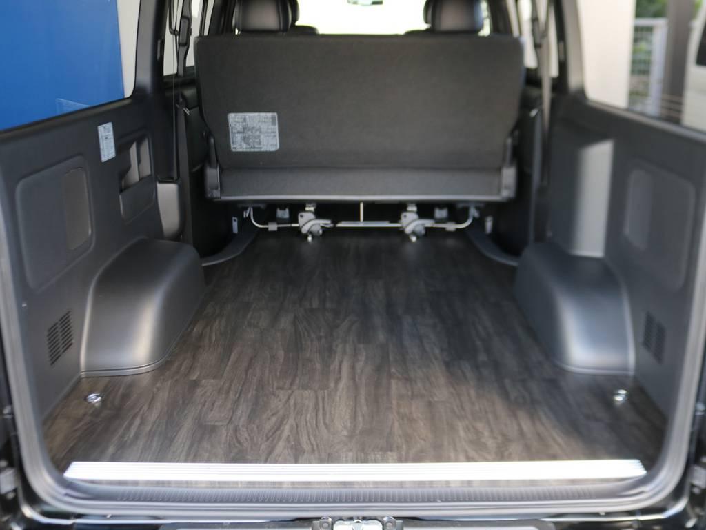 新品フローリング(床張り)施工済み!! | トヨタ ハイエースバン 2.8 スーパーGL ダークプライムⅡ ロングボディ ディーゼルターボ 床張りナビパッケージ
