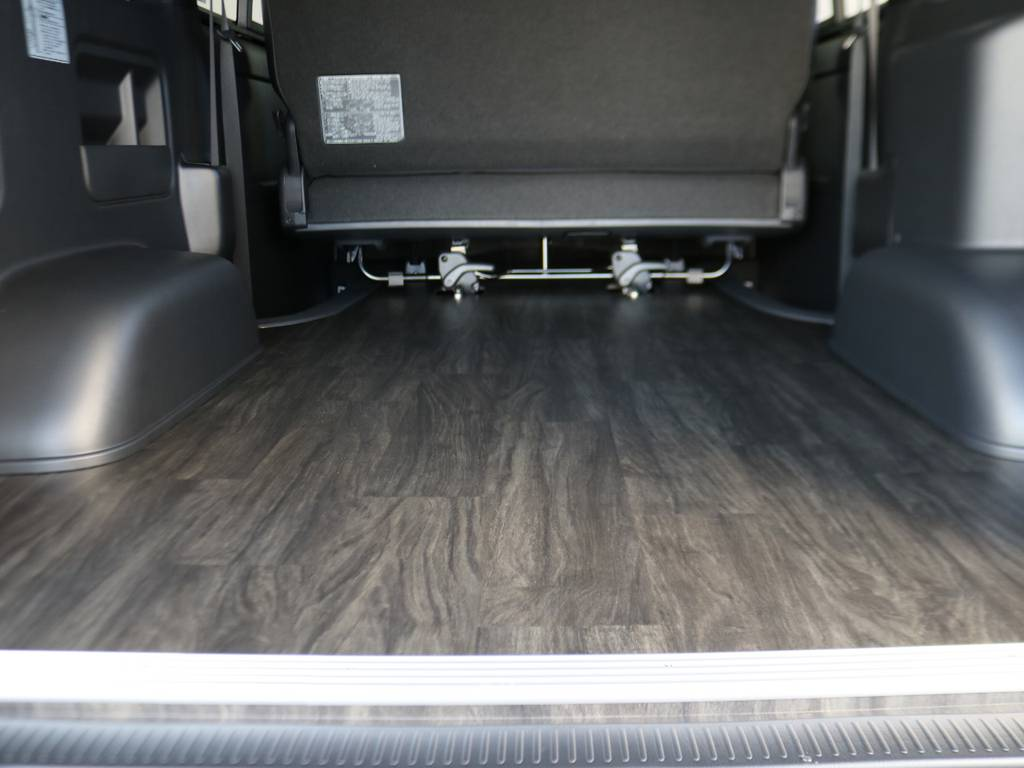 掃除も楽々です!! | トヨタ ハイエースバン 2.8 スーパーGL ダークプライムⅡ ロングボディ ディーゼルターボ 床張りナビパッケージ