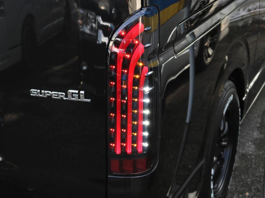 カッコいい!415コブラ BADテール! | トヨタ ハイエースバン 2.8 スーパーGL ダークプライムⅡ ロングボディ ディーゼルターボ 小窓付